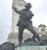 Soldier, War Memorial, Diamond Cenotaph, Derry. Photograph by Louis P. Burns aka Lugh